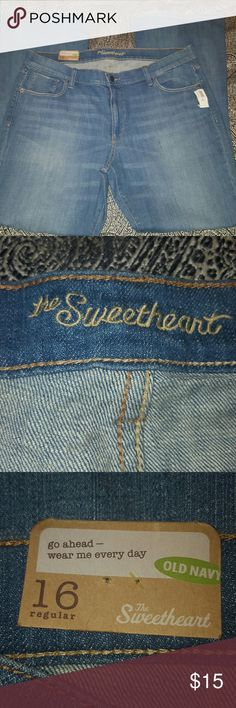 👖 New Old Navy sweetheart Jeans Size 16 👖 Brand new Old Navy sweetheart Jeans Size 16. ALL REASONABLE OFFERS ACCEPTED! Old Navy Jeans Flare & Wide Leg