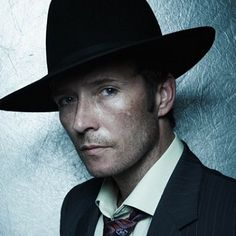 Scott Weiland (Stone Temple Pilots) is celebrating his 47th birthday today