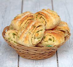 Maistuis varmaan sullekin!: Sämpyläpuustit Food C, Good Food, Yummy Food, Savoury Baking, Bread Baking, Wine Recipes, Baking Recipes, Salty Foods, Fabulous Foods