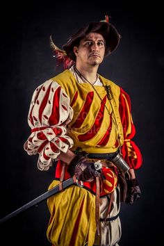 Red and yellow landsknecht. Photo by Camillo Balossini. https://www.facebook.com/camillo.balossini