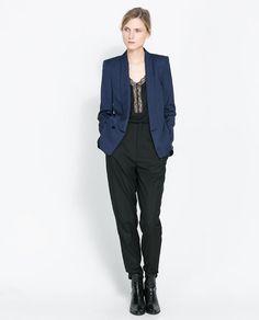 Navy blue tuxedo collar #blazer by Zara.