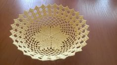 Crochet Placemats, Crochet Doilies, Crochet Bowl, Knit Crochet, Crochet Designs, Crochet Patterns, Handmade Home, Holidays And Events, Diy And Crafts