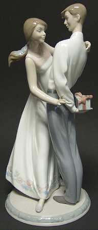 Lladro Lladro Figurines Love's Little Surprises - Boxed