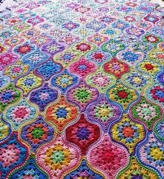 Transcendent Crochet a Solid Granny Square Ideas. Inconceivable Crochet a Solid Granny Square Ideas. Point Granny Au Crochet, Granny Square Crochet Pattern, Crochet Squares, Crochet Blanket Patterns, Crochet Motif, Knitting Patterns, Crochet Blankets, Ravelry Crochet, Crochet Edgings