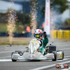 Android Wallpaper Cars, Car Wallpapers, Homemade Go Kart, Go Kart Tracks, Master, Karting, F1, Professor, Events