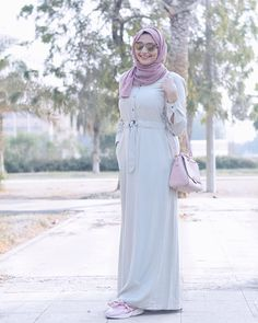 "344 Likes, 26 Comments - H A N A A H A N Y هناء (@hanaahany_) on Instagram: ""Tap for details . . . . . modestfashion modestywear matw hijabootd_ hijabmodest…"" abaya dress pink hijab pink bag purse hegab veil ribbon shoes sneakers pink sunglasses"