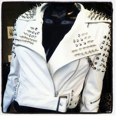 Leather and Spikes....LOVE!<3