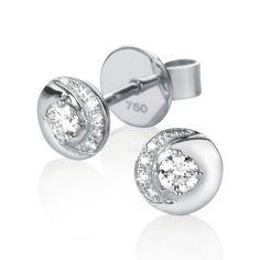 Klassiset timanttikorvakorut #Diamondsareagirlsbestfriend #21Diamonds