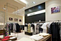 Molton store #blackwall #zebrano #shoppingcenter #boutique #interiordesign