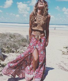 Boho / bohemian outfit ideas - maxi skirts & crop tops
