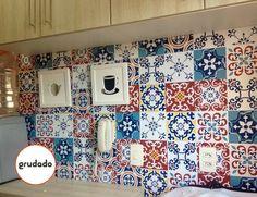 Adesivo de Azulejo para renovar a Cozinha | Grudado