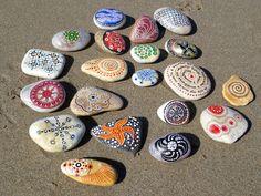 Piedras pintadas: Color / Painted stones: Color