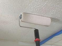 Paint popcorn ceiling DIY