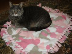 Handmade tied fleece cat blanket ,small dog bed, pink camo, feline pet beds, animal crate pad, pets crates, gifts for cats, pet lovers gift
