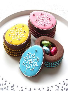 Easter Egg Cookie Box - For all your Easter cake decorating supplies, please visit http://www.craftcompany.co.uk/occasions/easter.html