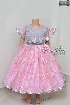 Baby Frocks Party Wear, Kids Party Wear Dresses, Kids Dress Wear, Kids Gown, Little Girl Pageant Dresses, Little Girl Dresses, Baby Dresses, Bridesmaid Dresses, Prom Dresses