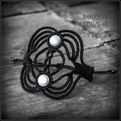 Natural white Pearl Bracelet Macrame by kapriscrea on Etsy