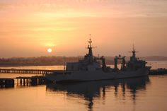El BAC Cantabria dscansando en los muelles de la Base Naval de Rota. Armada española. Spanish Navy.