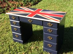 Union Jack Desk done by The Rusty Soprano on Facebook with #MaisonBlanche paint in Navy