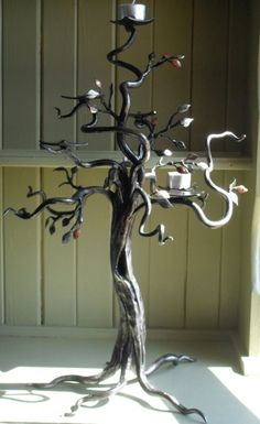 "Visit our site for even more details on ""metal tree art decor"". It is actually a great location to learn more. Metal Projects, Metal Crafts, Art Projects, Art Fer, Sculpture Metal, La Forge, Wooden Candle Holders, Wrought Iron Candle Holders, Tree Artwork"
