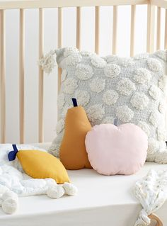Small fruity cushions Set of 3 Room Inspiration, Interior Inspiration, Boy Room, Kids Room, Assiette Design, Cool Kids Bedrooms, Baby Bedroom, Baby Furniture, Baby Cribs