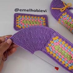 Baby Booties Knitting Pattern, Dishcloth Knitting Patterns, Knitting Socks, Knitted Slippers, Crochet Slippers, Diy Crafts Knitting, Crochet Ripple, Knitted Headband, Crochet Basics