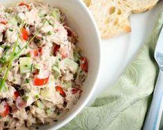 Salade d'avocats au thon et citron : http://www.fourchette-et-bikini.fr/recettes/recettes-minceur/salade-davocats