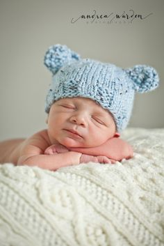 Newborn boy portraits - newborn boy hat - www.andreawarden.com - Andrea Warden Photography