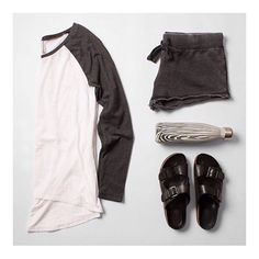 Casual and cool outfit today. Staying hydrated with @swellbottle #ZSUPPLY [THE BIG HIT] + [THE LOUNGE SHORT] #blackandwhite #casual #cool#styleissimple  #swellbottle