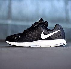sports shoes 75846 1aadc Nike Zoom Pegasus 31