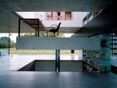 (evil genius's office?) Maison à Bordeaux / Rem Koolhaas