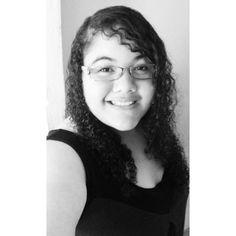 """""""Não quero minha vida igual a tudo que se vê...""""🎶 #rosadesaron #doaltodapedra #amo #music"""