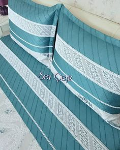 Pillow Crafts, Paris Travel, Bed Spreads, Bed Sheets, Diy And Crafts, Blanket, Pillows, Sewing, Ikat Bedding