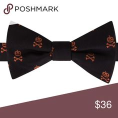 Men's bow tie novelty pretied Skull bowtie   PRODUCT FEATURES Pre-tied design FIT & SIZING Adjustable strap Accessories