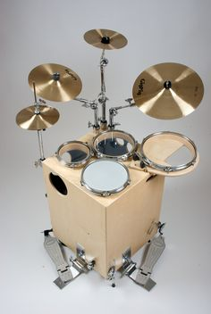 "Not a guitar, but I am rather intrigued by this ""GigPig"". This may be good to have around the space-limited ""man cave studio"" rather than electronic drums. Cajon Drum, Diy Drums, Drums Art, Drum Music, Drum Solo, Drum Lessons, Drum Kits, Drummers, Music Stuff"
