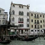 Hotel Antiche Figure in Venice is rated by 1,462 people with no less than 4 stars among them.  I just hope its not crazy expensive when the time comes to book the next trip
