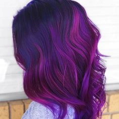 Browse here to see our best collection of purple or violet hair colors that we are going to show off you just for glowing hair look. It is considered sophisticated and charming hair color just beca… Violet Hair Colors, Light Purple Hair, Vivid Hair Color, Dyed Hair Purple, Or Violet, Hair Color Purple, Cool Hair Color, Bright Hair, Hair Colour Design