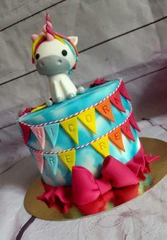 gâteau licorne                                                                                                                                                                                 Plus
