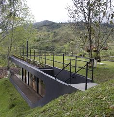 Hotel Finca el Retorno by G Ateliers Architecture (US) Dailytonic @ Dailytonic Atelier Architecture, Green Architecture, Sustainable Architecture, Landscape Architecture, Architecture Design, Residential Architecture, Contemporary Architecture, Earthship, Earth Sheltered Homes