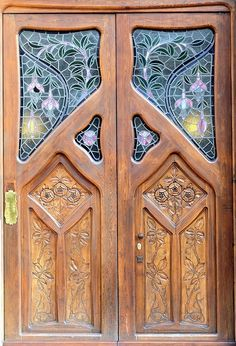 Art Nouveau Wood Doors. this is gorgeous but the lack of privacy would bother me.