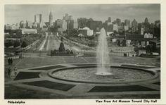 Benjamin Franklin Parkway (then known as Fairmount Parkway), Philadelphia, 1930 postcard - photo: Karl Lutz