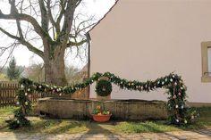 Viele schöne Osterbrunnen hat unser Mitarbeiter Ferdinand Merzbach in Franken fotografiert. Hier ein Überblick