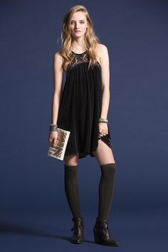 Want this dress so badly, size 4. Urban outfitters $69