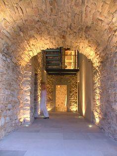 Deze uitkijktoren uit de 12e eeuw is een versmelting tussen historie en modern   | roomed.nl