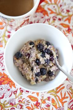Blueberry, Banana and Peanut Butter Oatmeal | Aggie's Kitchen