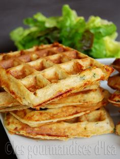 Tuna and Fresh Herbs Waffles. Tuna and Fresh Herbs Waffles Healthy Salmon Cakes, Healthy Salmon Recipes, Healthy Breakfast Recipes, Healthy Baking, Salmon Recipe Pan, Seared Salmon Recipes, Canned Salmon Patties, Salmon Patties Recipe, Food And Drink