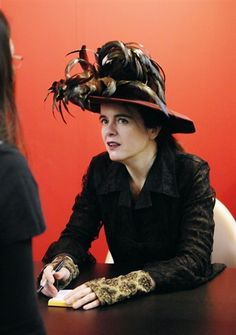 Amelie Nothomb  http://encore.ehu.es/iii/encore/search/C__Samelie%20nothomb__Ff%3Afacetfields%3Aauthor%3Aauthor%3AAutor%3A%3A__Orightresult?lang=spi&suite=cobalt