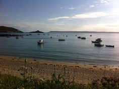 Room with a view at the White House @Herm Island - so so peaceful here #relax #holiday pic.twitter.com/YawwSzT7IO