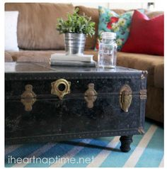 the oak house project vintage trunk as a coffee table | diy this