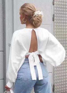 #dressesvintage #dressesblue #dresseshoco #dressesshort #dressescasual #dressescoctel #churchdresses #whimsicaldresses #vintagedresses #casualdress Holiday Blouses, Spring Blouses, Colorful Fashion, Boho Fashion, Lehenga Blouse, Short Shirts, Beautiful Blouses, Blouse Outfit, Sexy Shorts